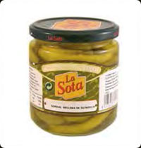La Sota Queen olives stuffed with hot pepper